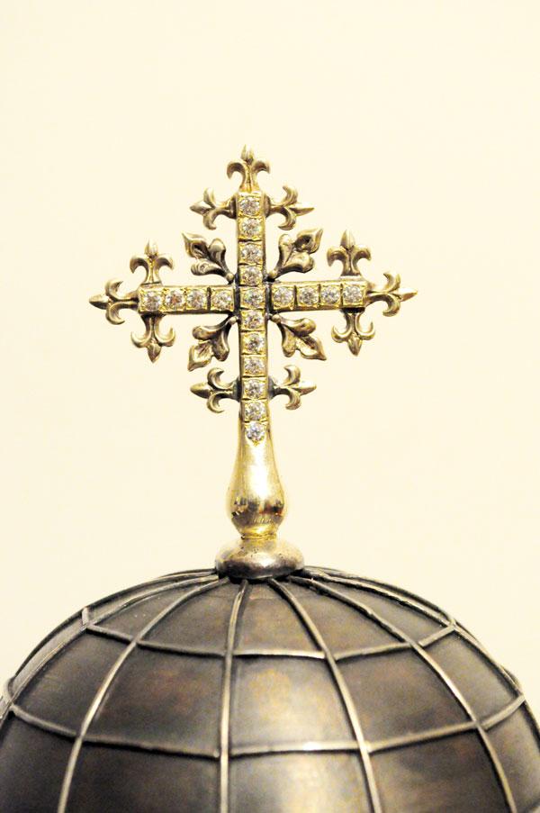 Chivot argint Gura Motrului detaliu cruce