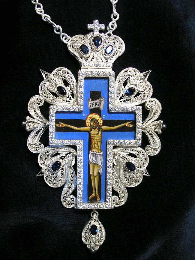 Cruce de piept din argint filigranat cu pietre semipretioase