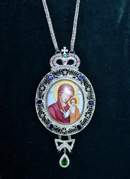 Icoana cu Maica Domnului pentru purtat la piept - filigran de argint