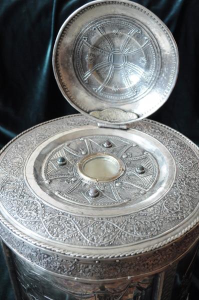 Racla rotunda cu scene din uciderea pruncilor de catre Imparatul Irod